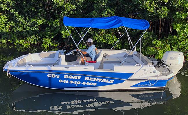 19' Glastron GTD 180 Deck Boat   90hp Suzuki